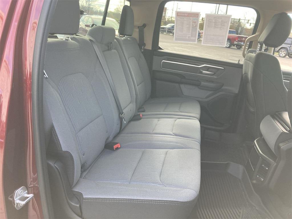 2019 Ram 1500 Crew Cab 4x4, Pickup #D210852A - photo 16