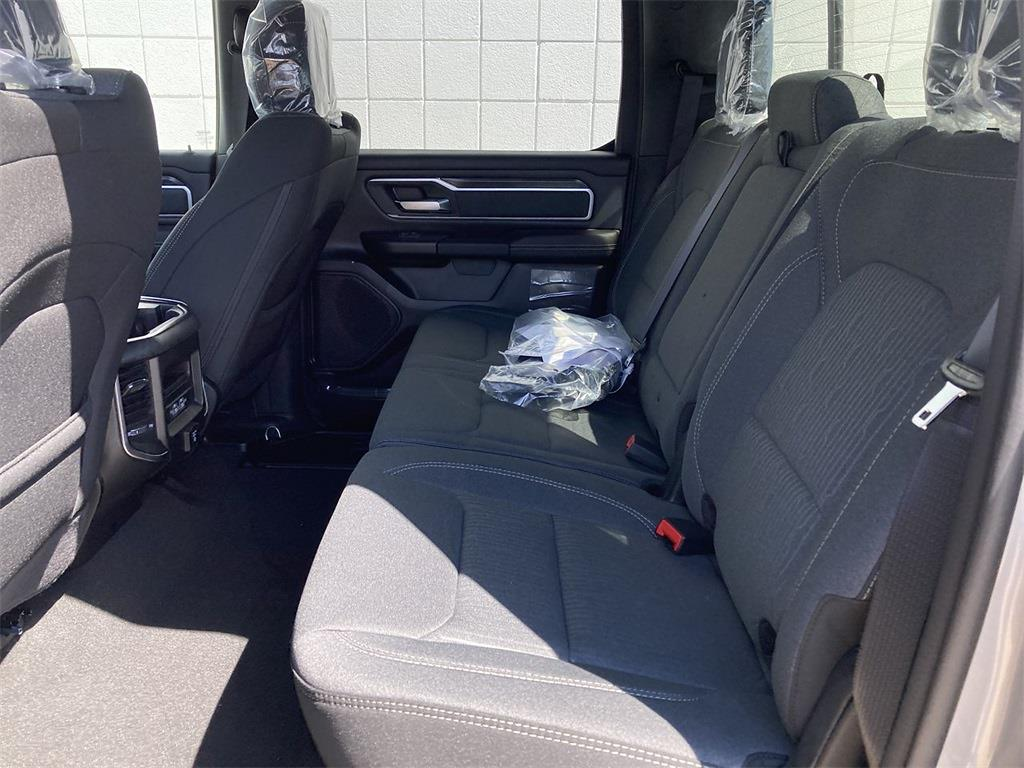 2021 Ram 1500 Crew Cab 4x4, Pickup #D210873 - photo 10