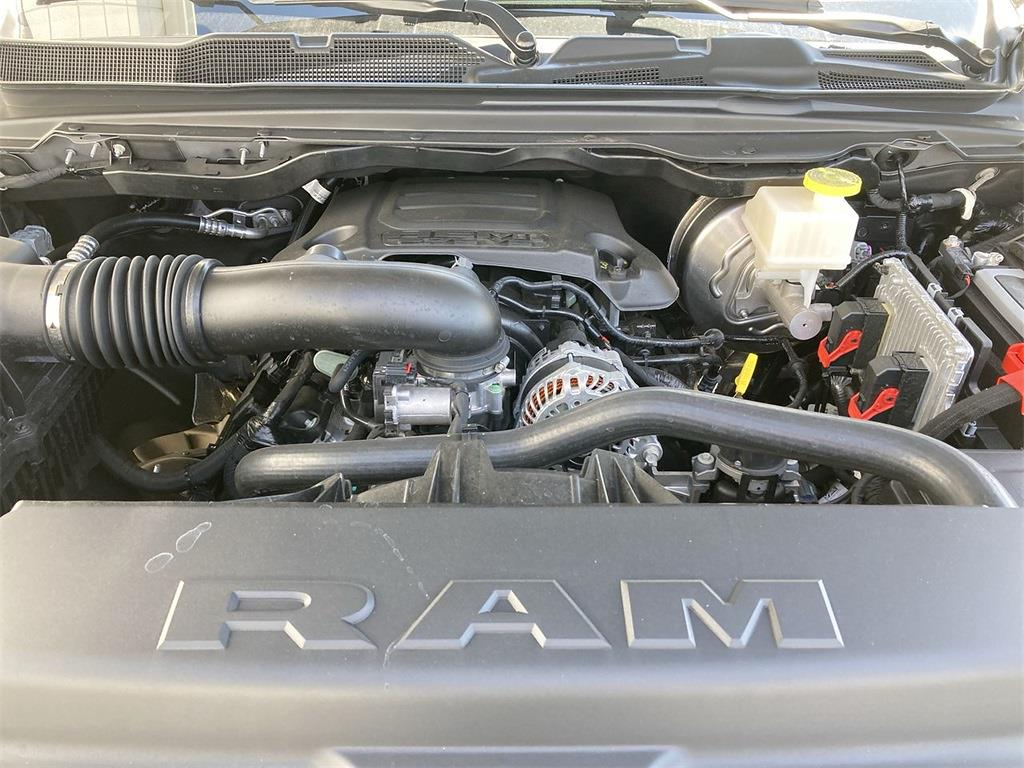 2021 Ram 1500 Crew Cab 4x4, Pickup #D210873 - photo 5