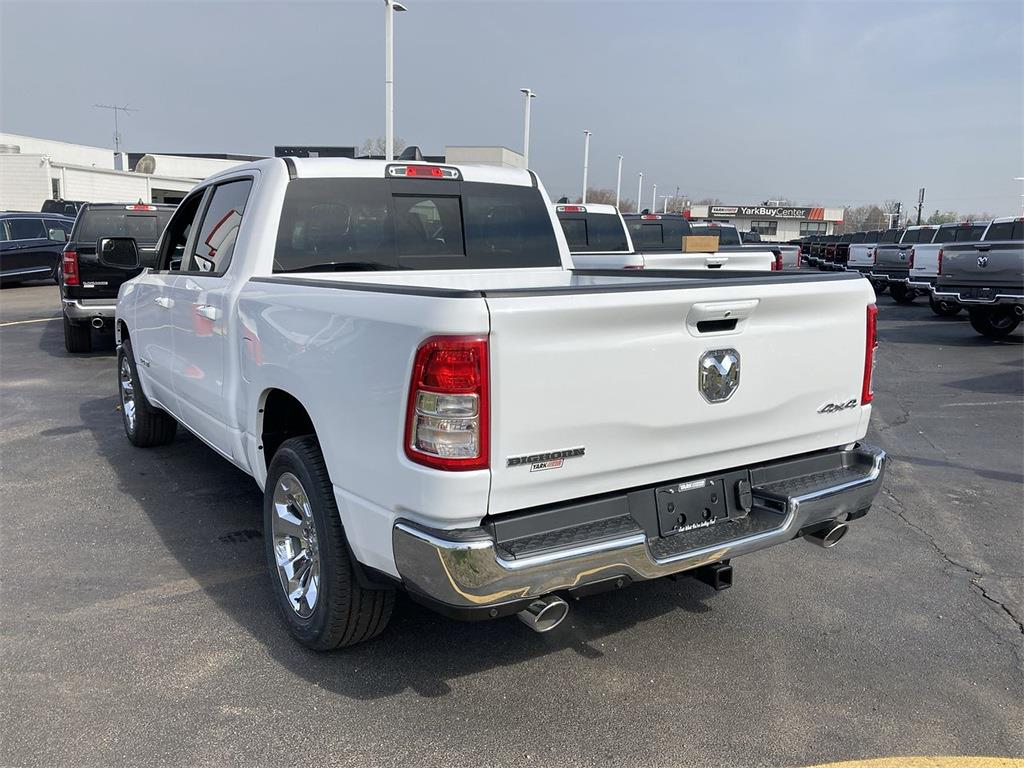 2021 Ram 1500 Crew Cab 4x4, Pickup #D210879 - photo 4