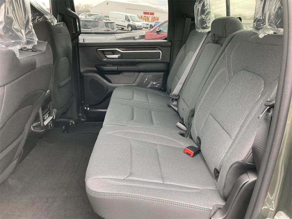 2021 Ram 1500 Crew Cab 4x4, Pickup #D210934 - photo 10