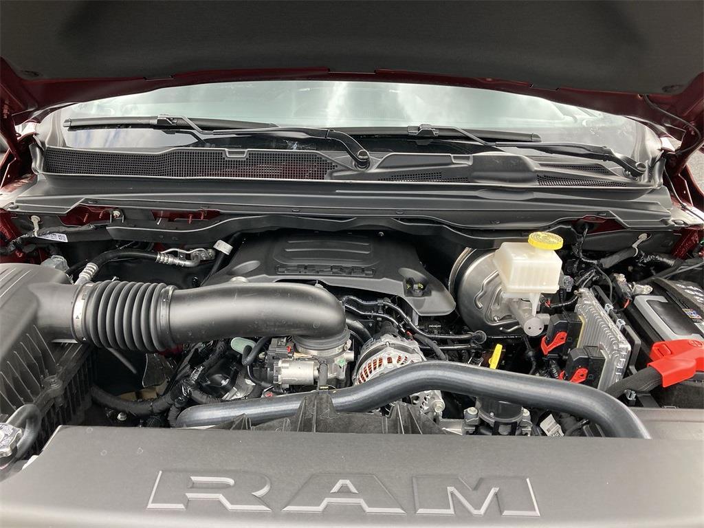2021 Ram 1500 Crew Cab 4x4, Pickup #D210941 - photo 5