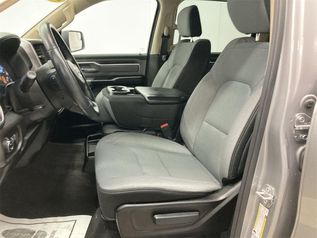 2019 Ram 1500 Crew Cab 4x4, Pickup #D210946A - photo 24