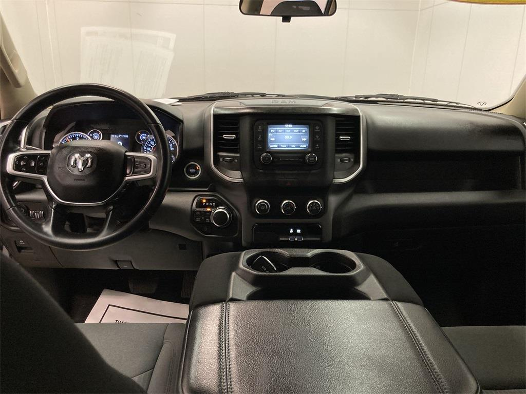 2019 Ram 1500 Crew Cab 4x4, Pickup #D210946A - photo 28