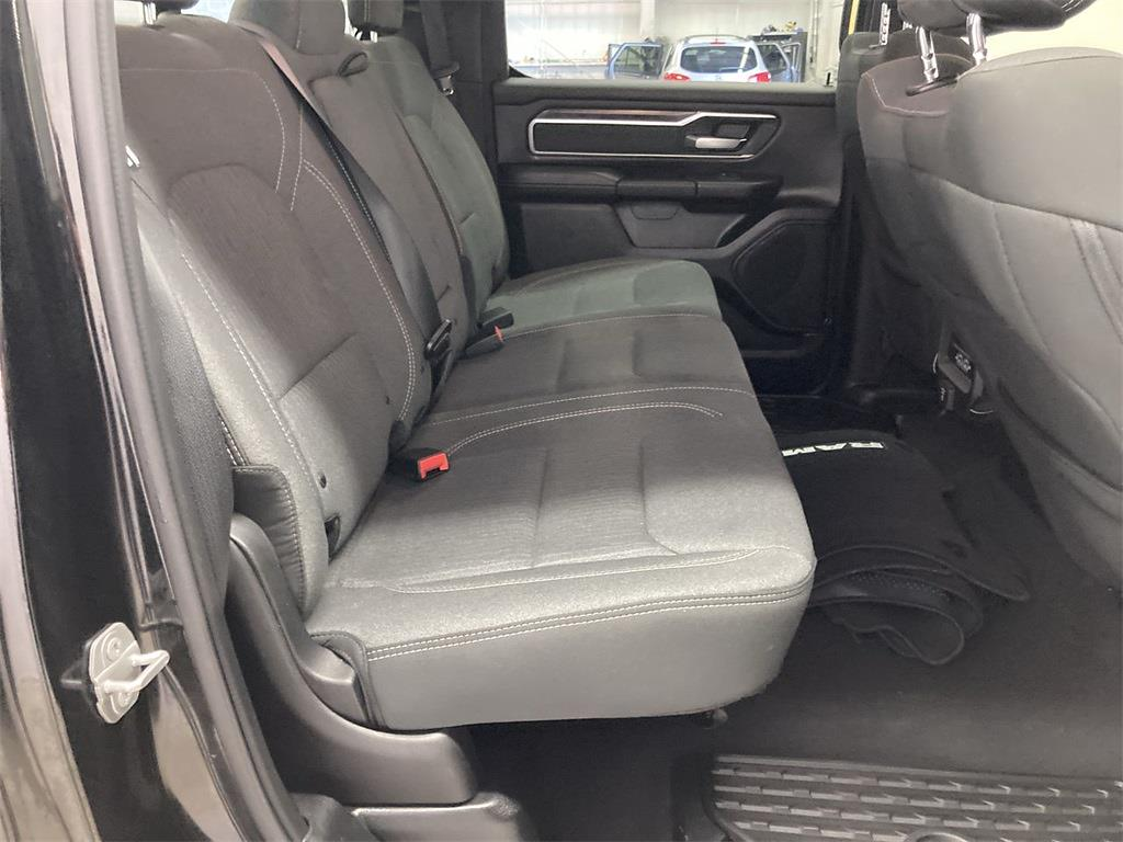 2019 Ram 1500 Crew Cab 4x4, Pickup #D210954A - photo 16