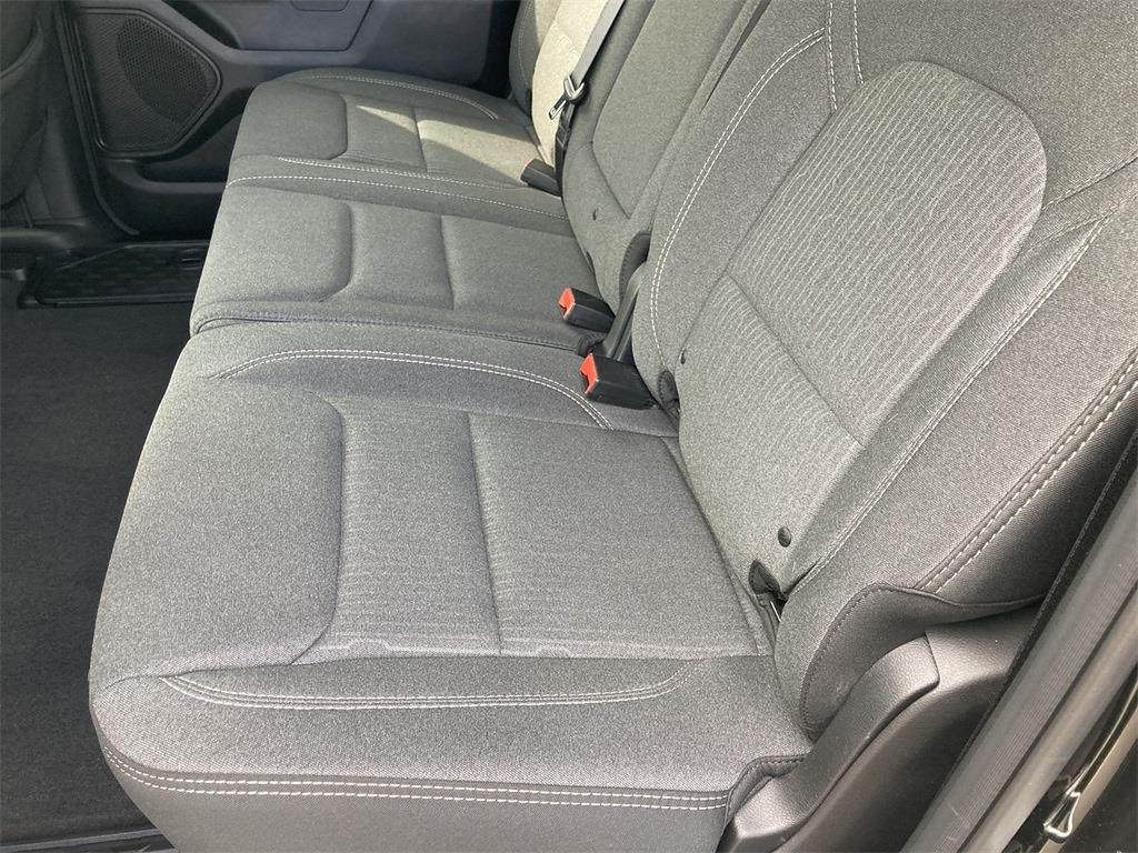 2019 Ram 1500 Crew Cab 4x4, Pickup #D210966A - photo 21