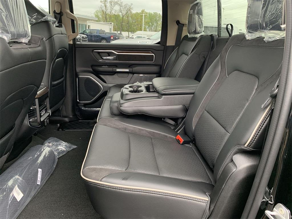 2021 Ram 1500 Crew Cab 4x4, Pickup #D210969 - photo 10