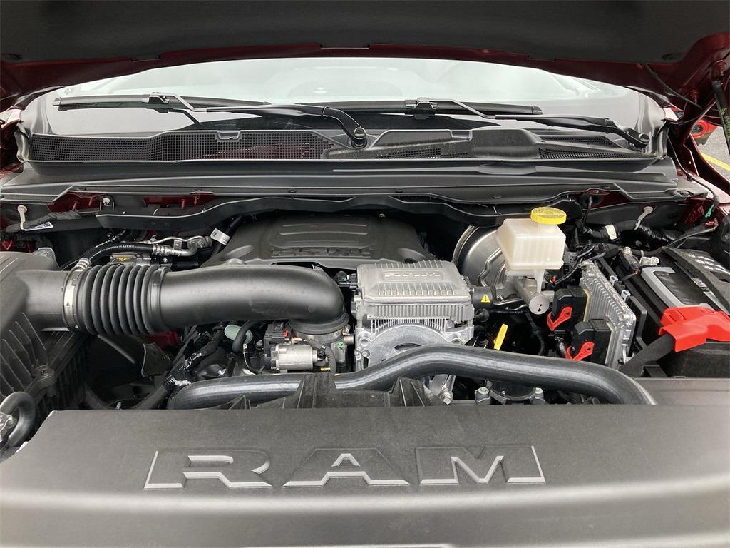 2021 Ram 1500 Crew Cab 4x4, Pickup #D210988 - photo 5