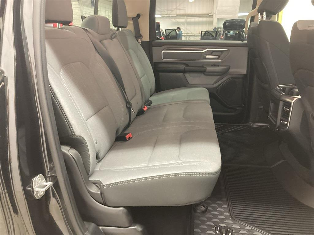 2019 Ram 1500 Crew Cab 4x4, Pickup #D210992A - photo 15