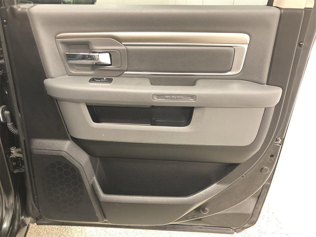 2018 Ram 1500 Crew Cab 4x4, Pickup #D211000A - photo 16
