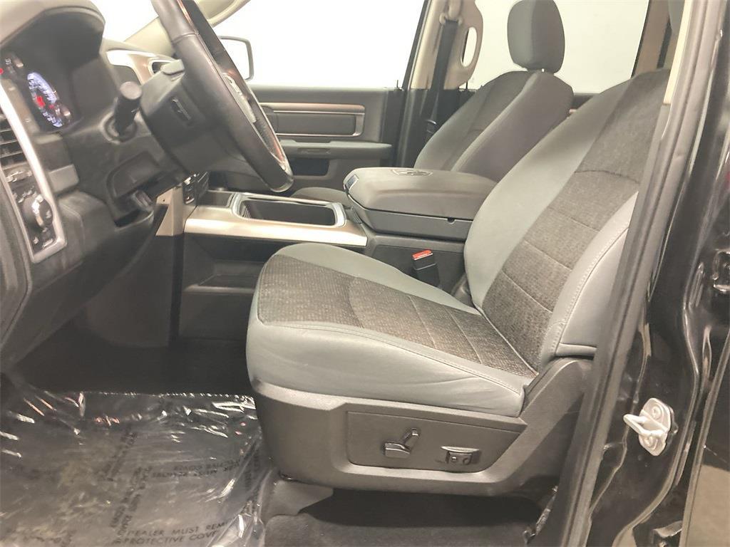2018 Ram 1500 Crew Cab 4x4, Pickup #D211000A - photo 23