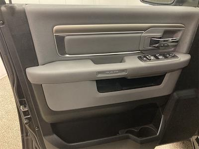 2018 Ram 1500 Crew Cab 4x4, Pickup #D211000A - photo 25