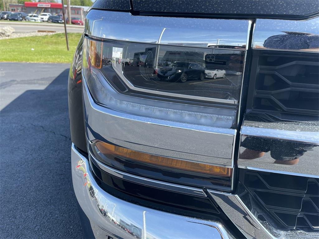 2018 Chevrolet Silverado 1500 Double Cab 4x4, Pickup #D211025A - photo 10