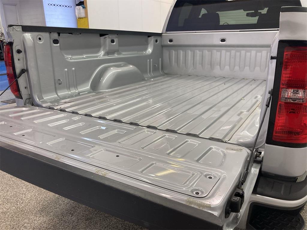 2018 Silverado 1500 Double Cab 4x4,  Pickup #D211052A - photo 18