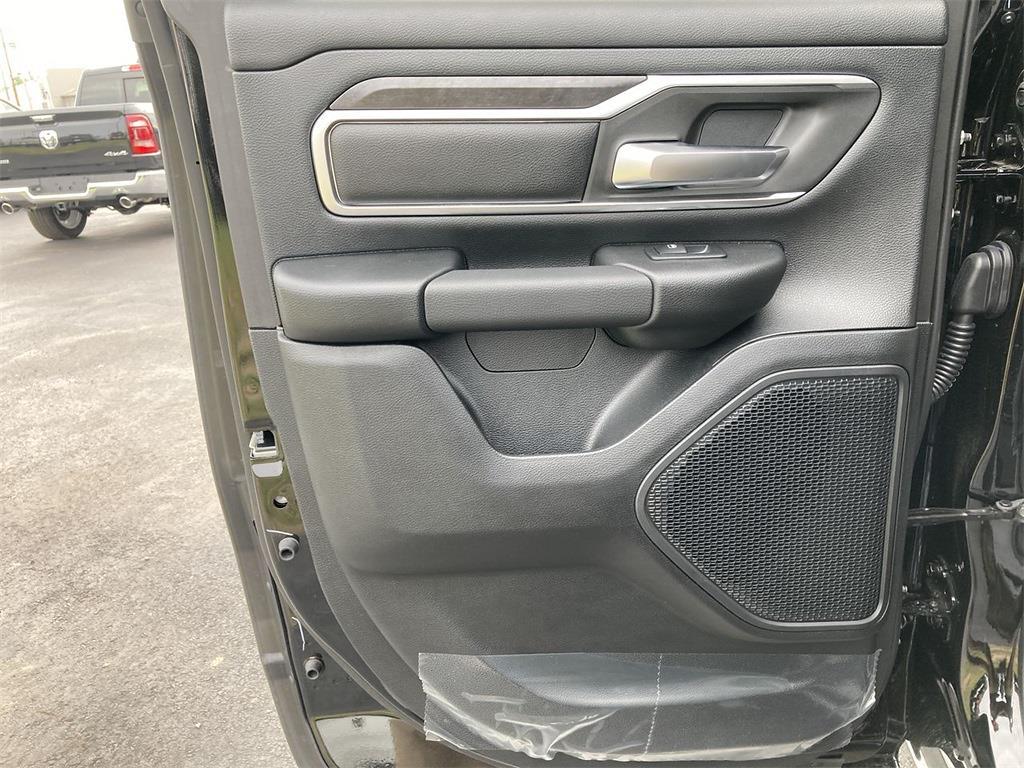 2021 Ram 1500 Quad Cab 4x4, Pickup #D211057 - photo 11