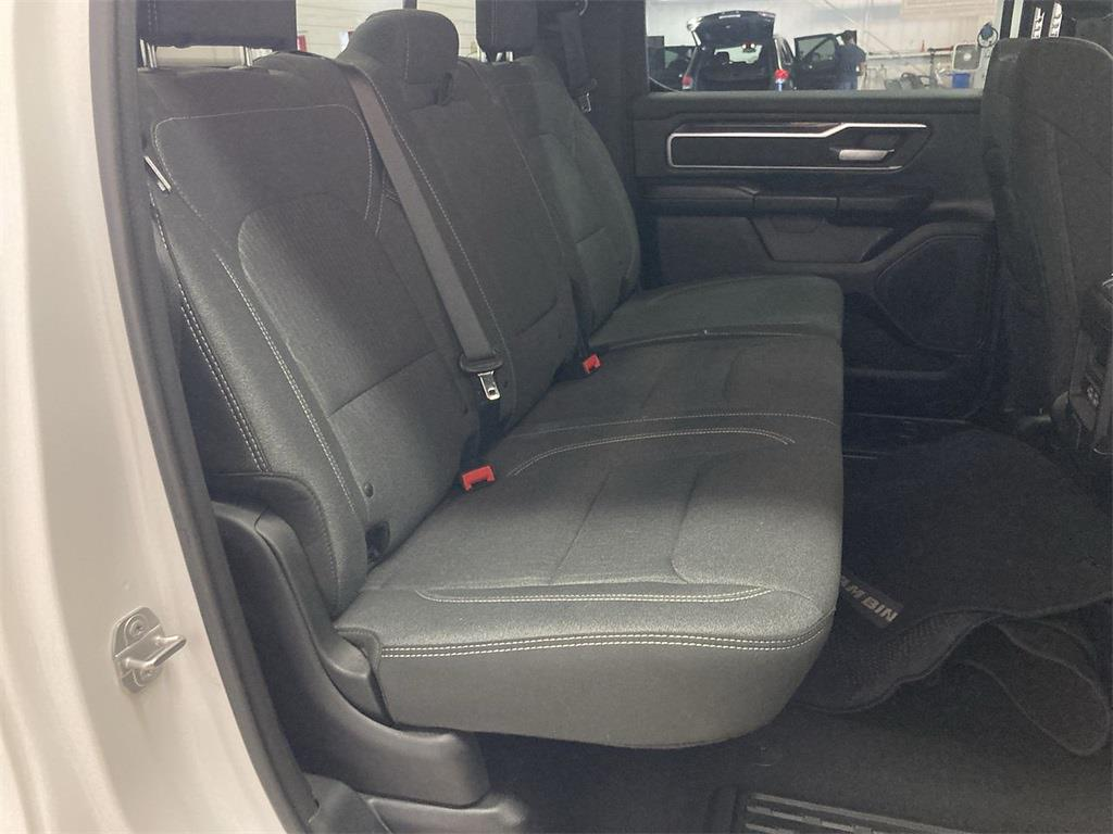 2019 Ram 1500 Crew Cab 4x4, Pickup #D211073A - photo 16