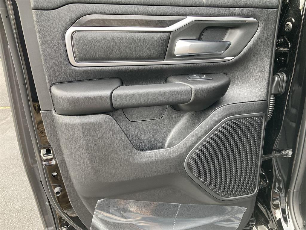 2021 Ram 1500 Quad Cab 4x4, Pickup #D211075 - photo 11