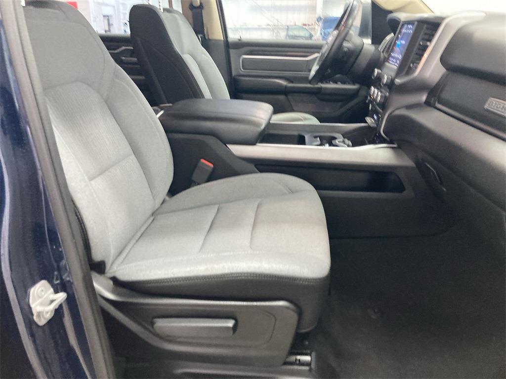 2019 Ram 1500 Crew Cab 4x4, Pickup #D211085A - photo 14