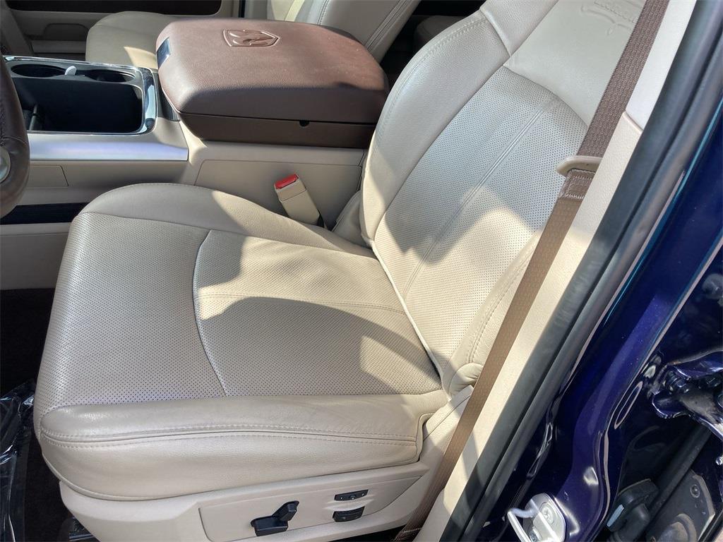 2018 Ram 1500 Crew Cab 4x4, Pickup #D211091A - photo 23