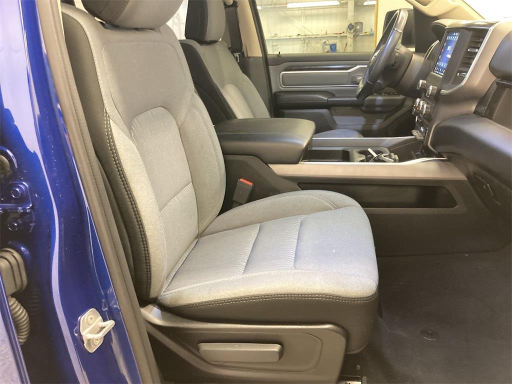 2019 Ram 1500 Crew Cab 4x4, Pickup #D211119A - photo 13