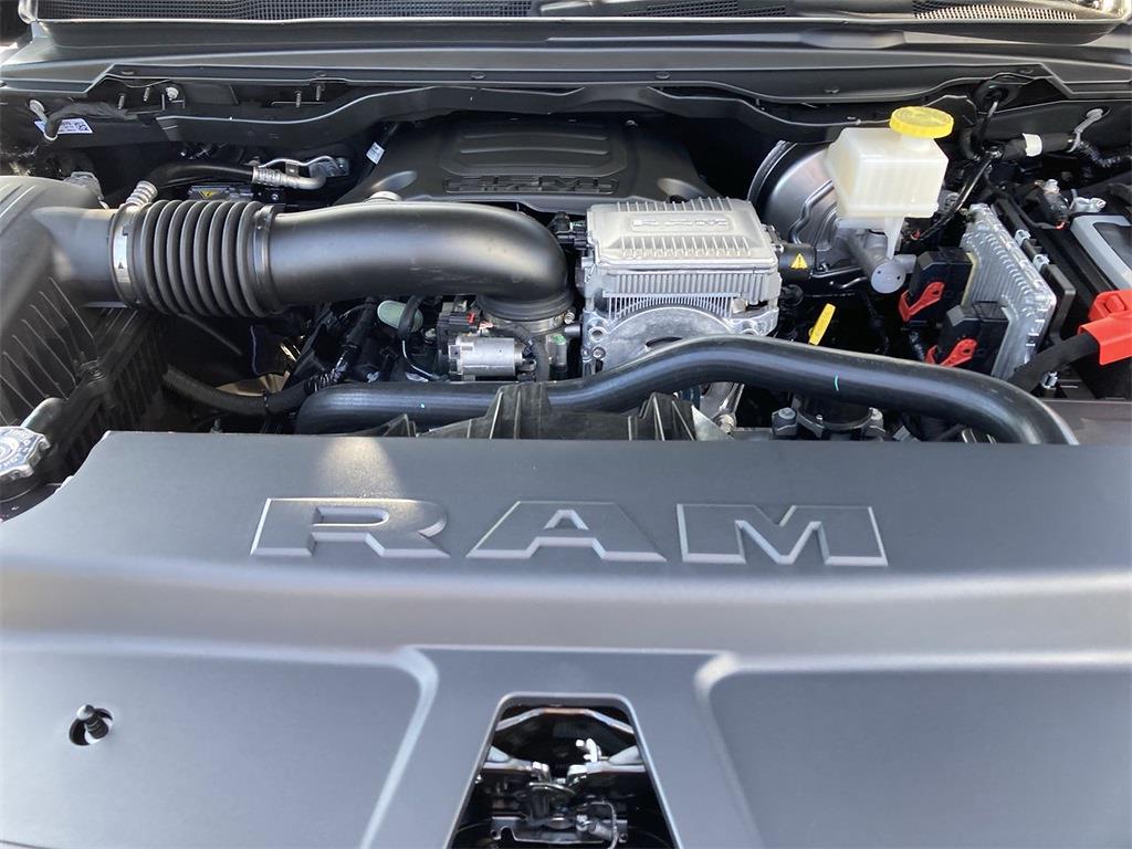 2021 Ram 1500 Crew Cab 4x4, Pickup #D211124 - photo 5