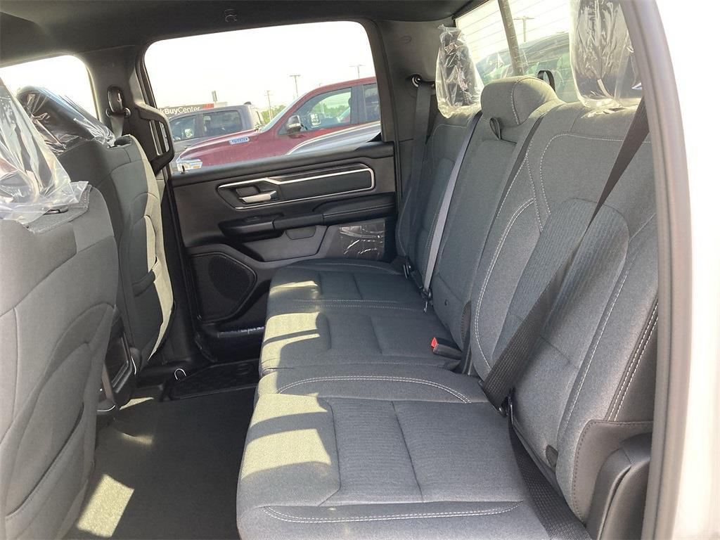 2021 Ram 1500 Crew Cab 4x4, Pickup #D211139 - photo 10