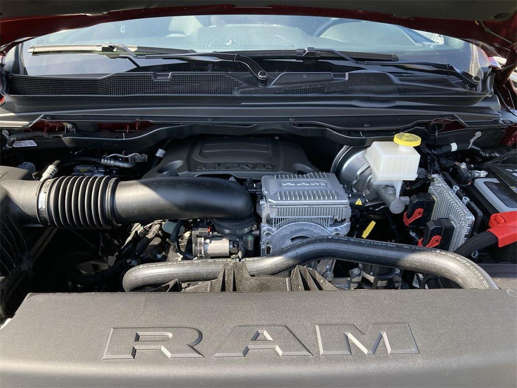 2021 Ram 1500 Crew Cab 4x4, Pickup #D211142 - photo 5