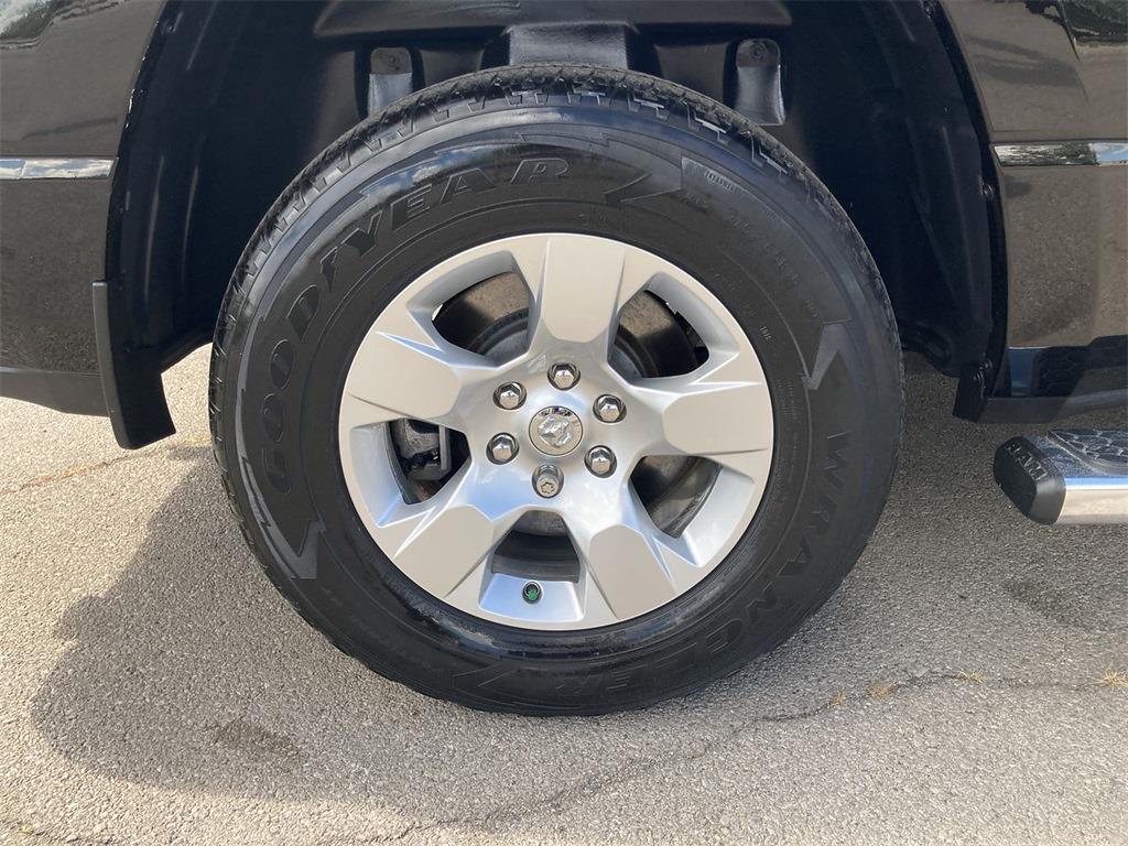 2019 Ram 1500 Crew Cab 4x4,  Pickup #D211165A - photo 18