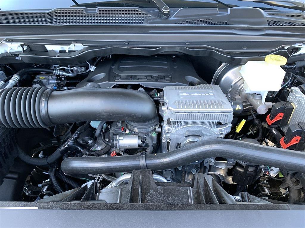 2021 Ram 1500 Quad Cab 4x4,  Pickup #D211186 - photo 6