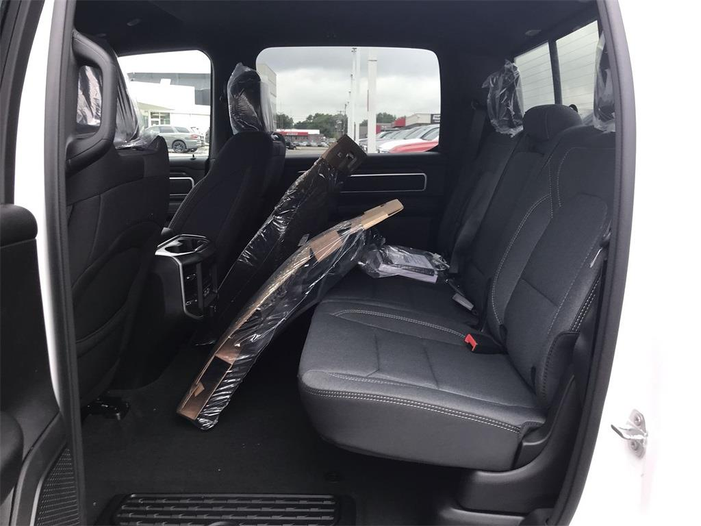 2021 Ram 1500 Crew Cab 4x4, Pickup #D211239 - photo 10