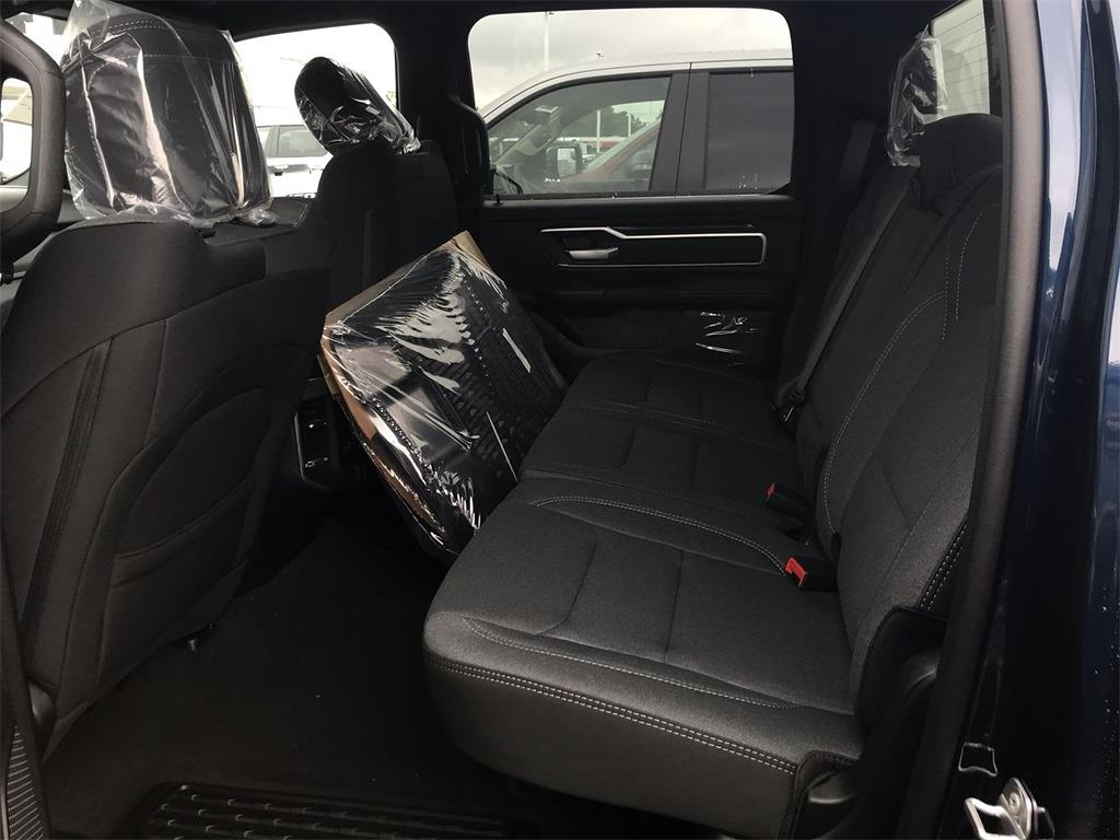 2021 Ram 1500 Crew Cab 4x4, Pickup #D211259 - photo 10
