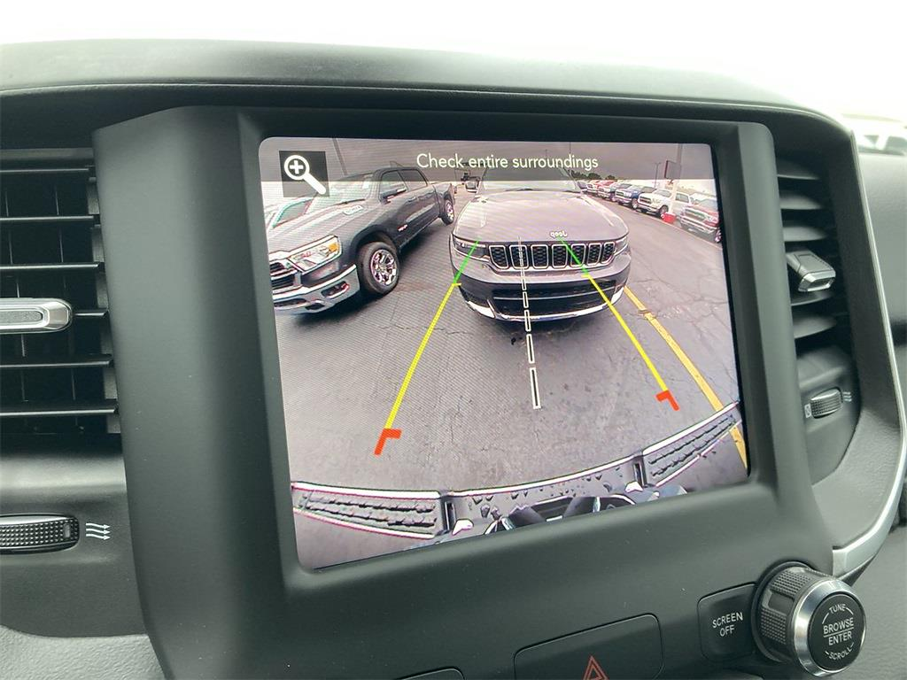 2021 Ram 1500 Crew Cab 4x4, Pickup #D211275 - photo 19