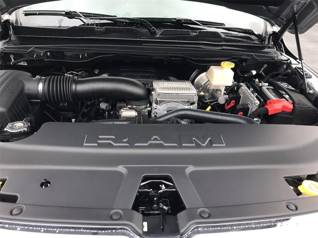 2021 Ram 1500 Crew Cab 4x4, Pickup #D211280 - photo 6