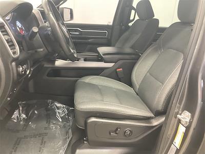 2019 Ram 1500 Crew Cab 4x4, Pickup #D211281A - photo 20