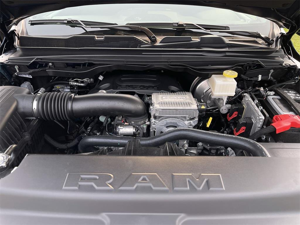 2021 Ram 1500 Crew Cab 4x4, Pickup #D211298 - photo 6