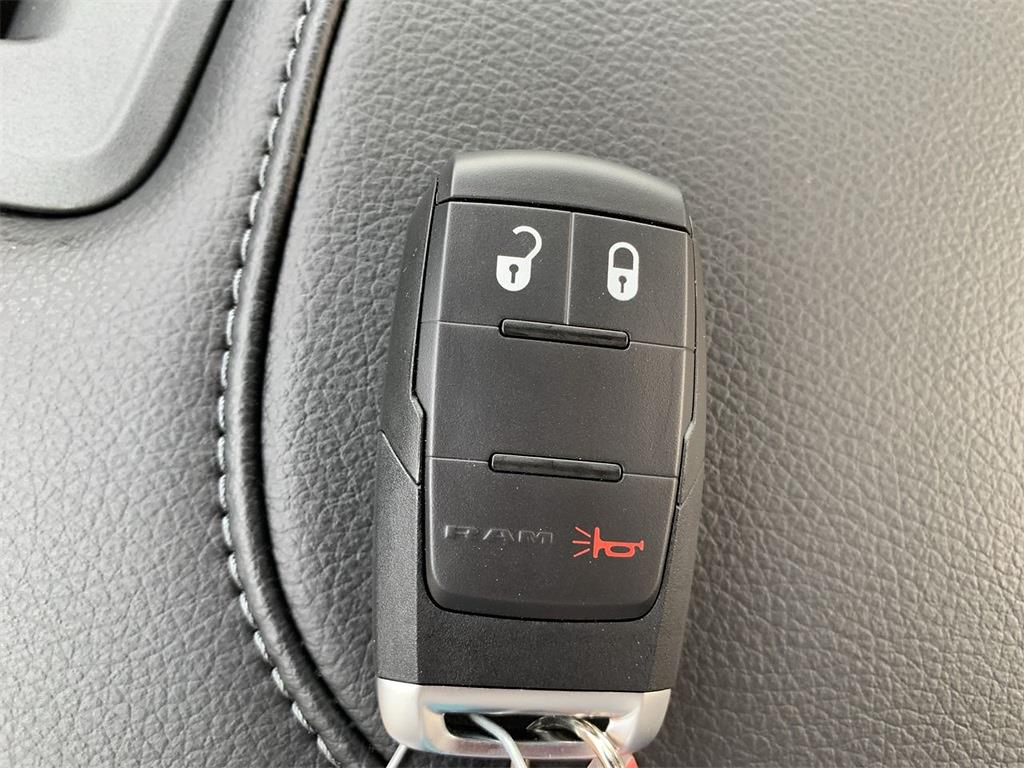 2021 Ram 2500 Regular Cab 4x4, Pickup #D211299 - photo 22