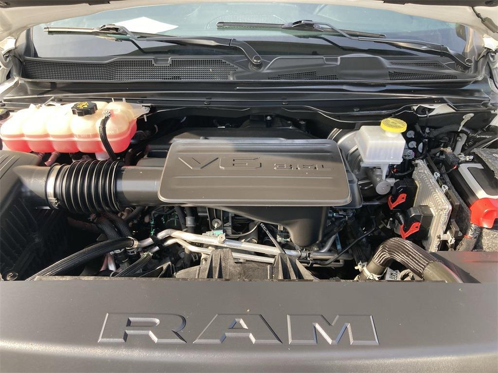 2019 Ram 1500 Crew Cab 4x4,  Pickup #D211310A - photo 10