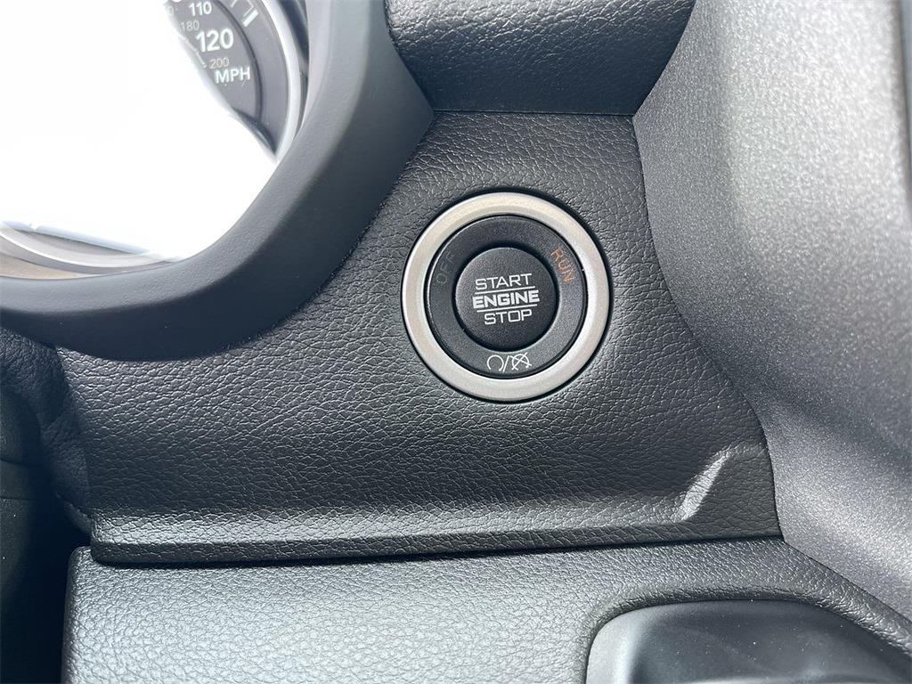 2021 Ram 3500 Regular Cab DRW 4x4,  Cab Chassis #D211369 - photo 24