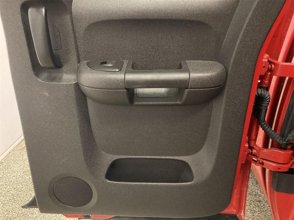 2011 Chevrolet Silverado 1500 Extended Cab 4x4, Pickup #J210949C - photo 15