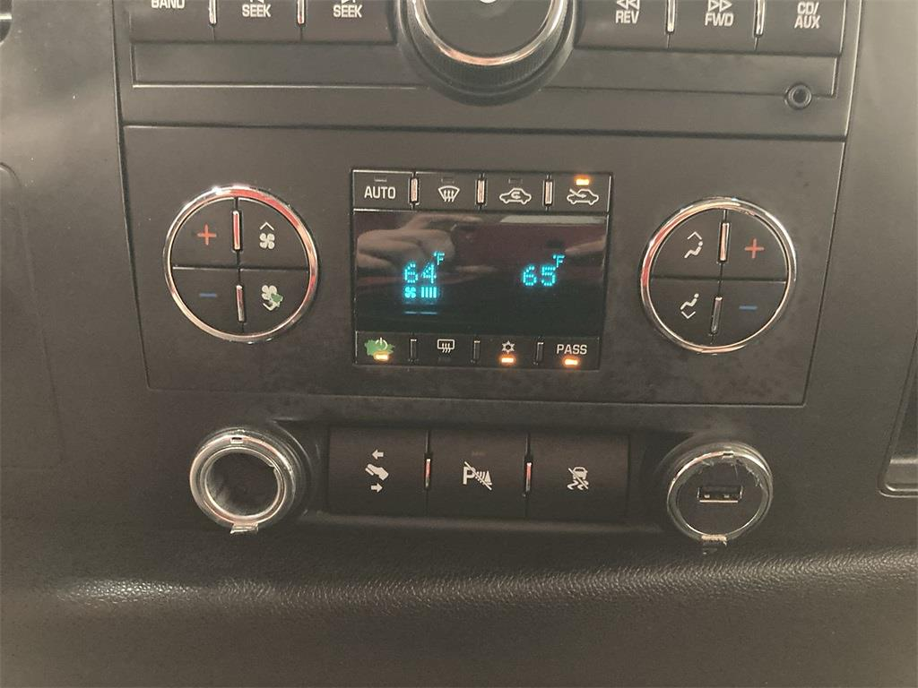2011 Chevrolet Silverado 1500 Extended Cab 4x4, Pickup #J210949C - photo 29