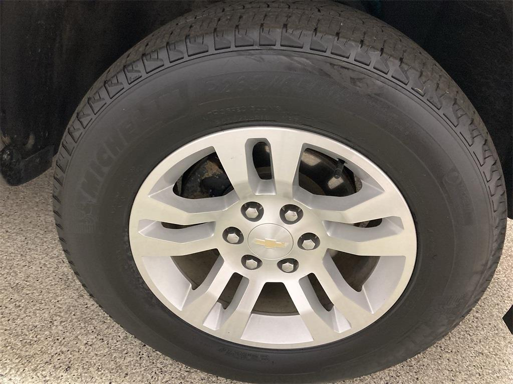 2018 Chevrolet Silverado 1500 Double Cab 4x4, Pickup #J211281A - photo 11