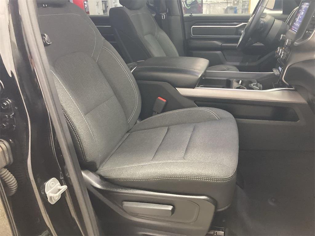 2019 Ram 1500 Crew Cab 4x4, Pickup #J211433A - photo 14