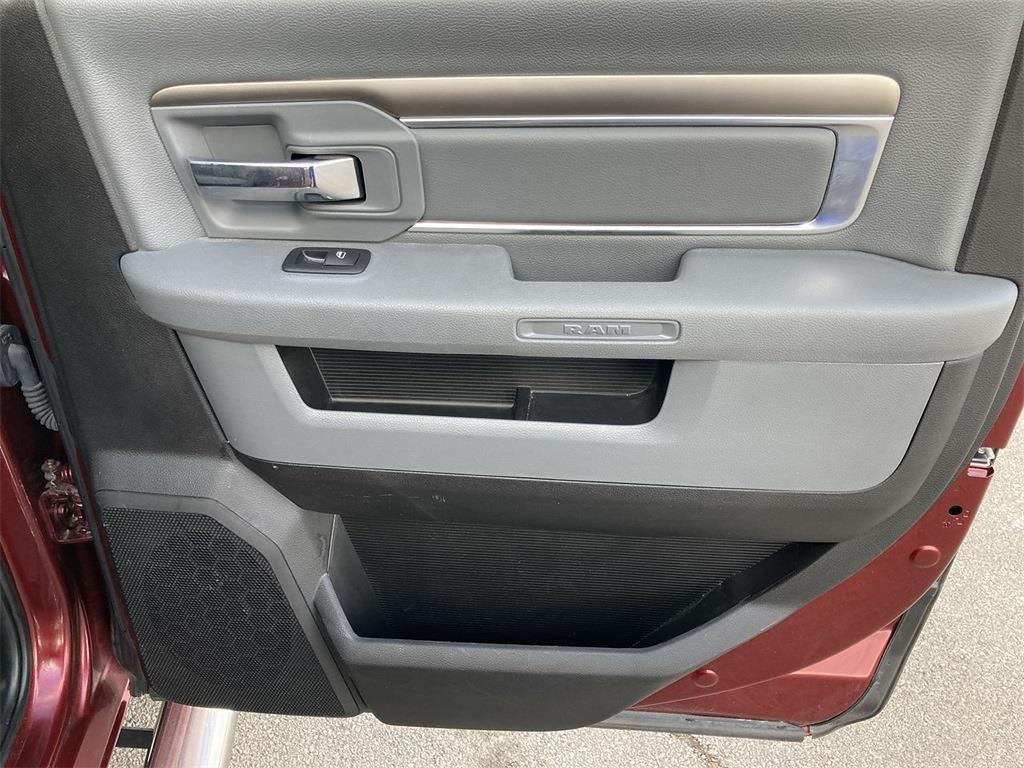 2018 Ram 1500 Crew Cab 4x4, Pickup #JP28305 - photo 17