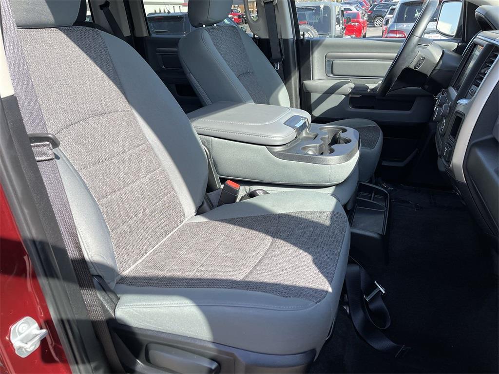 2018 Ram 1500 Crew Cab 4x4, Pickup #JP28527 - photo 14
