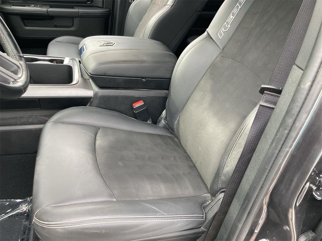 2018 Ram 1500 Crew Cab 4x4, Pickup #JP28751 - photo 23