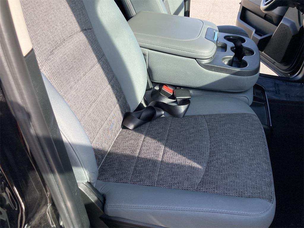 2018 Ram 1500 Crew Cab 4x4, Pickup #JP28783 - photo 12