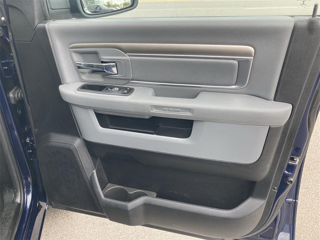 2018 Ram 1500 Crew Cab 4x4, Pickup #JP28786 - photo 15