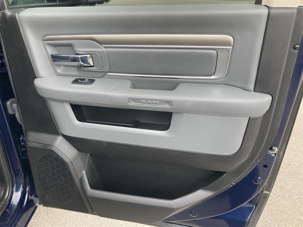 2018 Ram 1500 Crew Cab 4x4, Pickup #JP28786 - photo 17