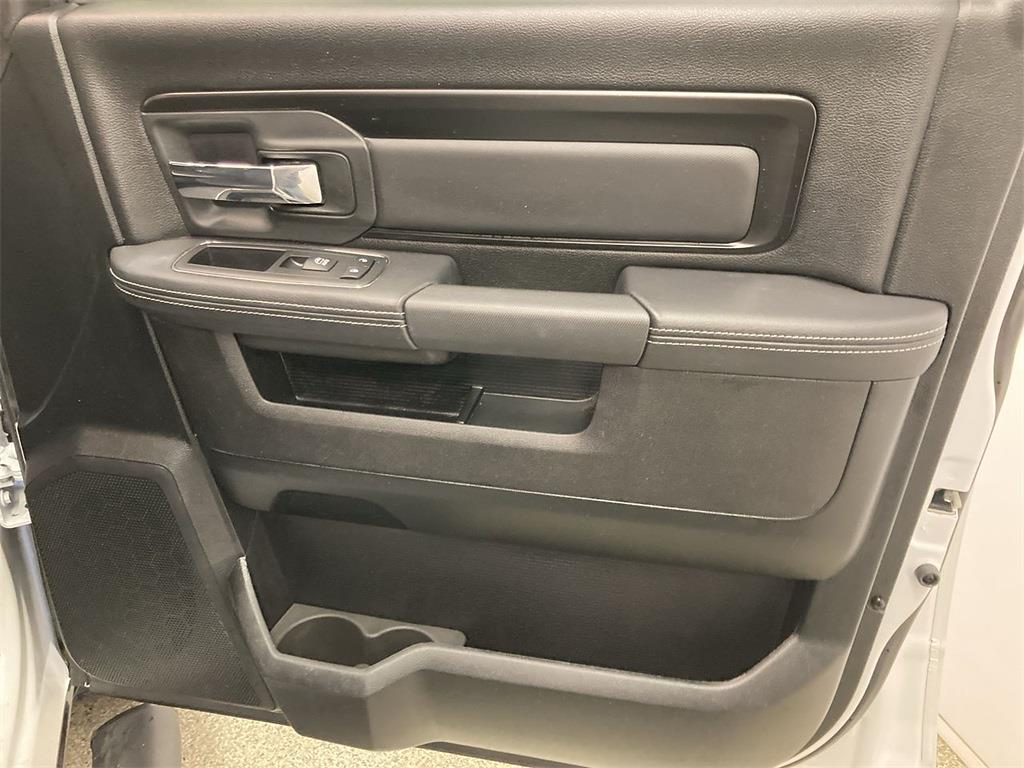 2018 Ram 1500 Crew Cab 4x4, Pickup #JP28802 - photo 15