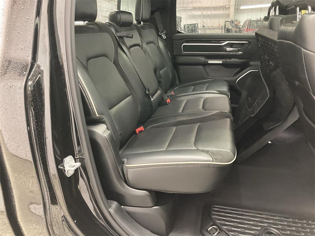 2019 Ram 1500 Crew Cab 4x4, Pickup #JP28810 - photo 16